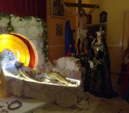 """""""Dalla croce sgorga la salvezza che ricrea l'umanità"""". Omelia Mons. Satriano nel Venerdì Santo"""