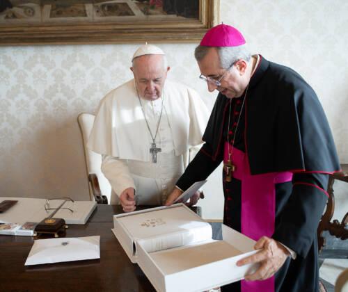 I doni della Arcidiocesi al Papa